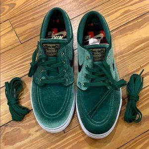 Nike SB Stefan Janoski Green Velvet Prm